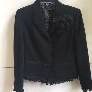 Nikon Boutique black crepe suit /skirt. Excellent